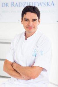 dr Tomasz Szular, Saska Clinic